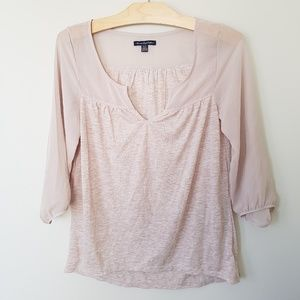 💕 2/$20 Top with romantic sheer chiffon sleeves